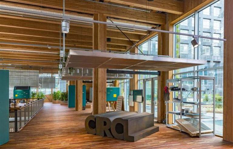 """Der Pavillon """"Circl"""" von ABN Amro trägt sein Konzept sogar im Namen – hier wurde der Zirkularitätsgedanke durchgängig umgesetzt. Foto: © DERIX-Gruppe"""