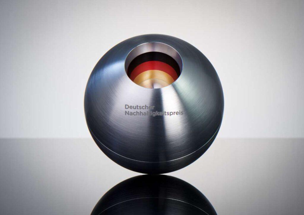 Deutscher Nachhaltigkeitspreis, Preisstatuette; Foto: Frank Fendler