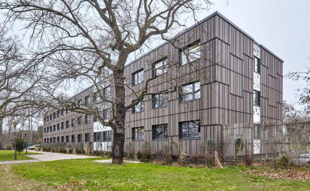 Verwaltungsgebäude Tierpark, Berlin; Quelle: ZRS Architekten Ingenieure & Tierpark Berlin, Foto: Matthew Crabbe